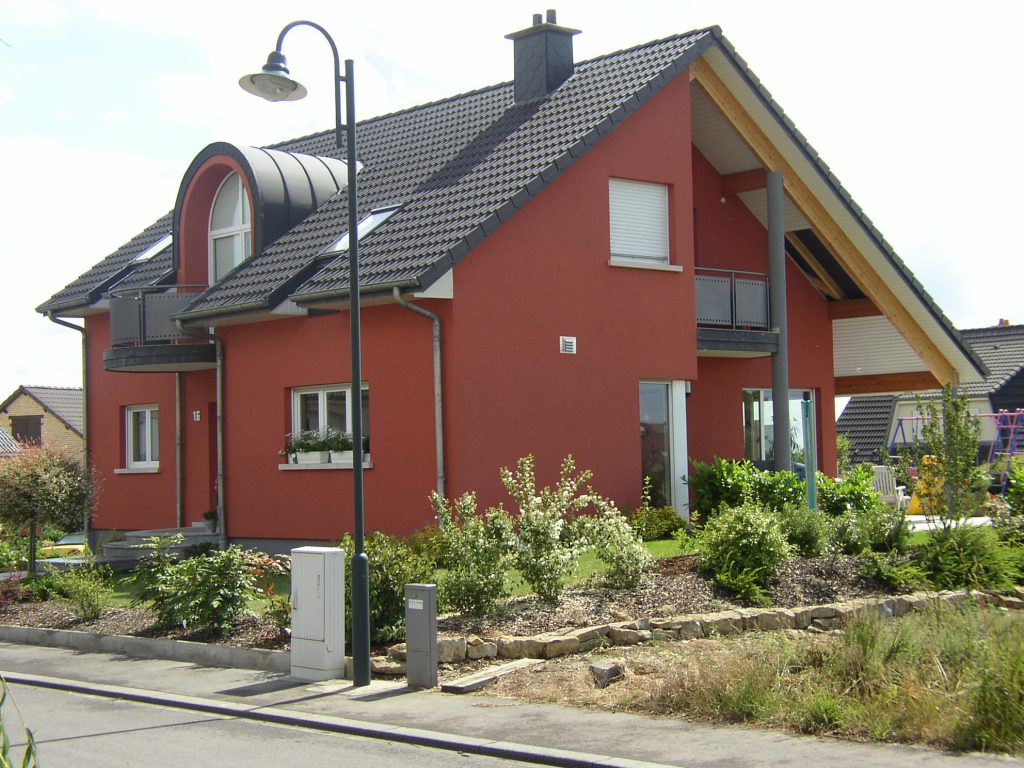 Rote Fassadenfarbe Peinture Schmitt Atmende Waende Luxembourg Peinture Schmitt